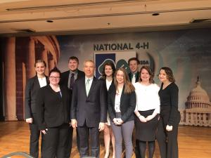 Minnesota youth attend National 4-H Conference